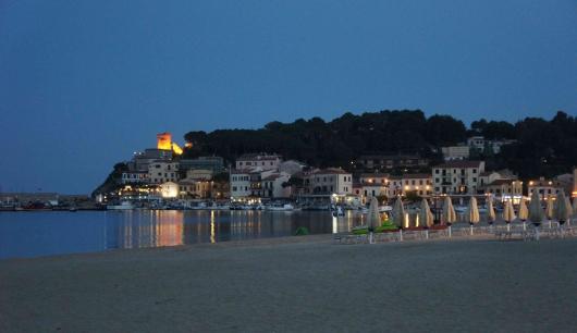 Marina di Campo by night (3a)