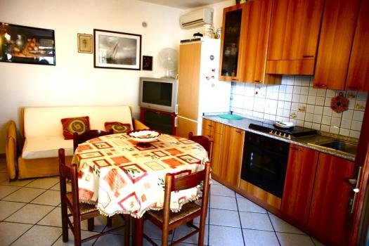 Casa vacanza costa del sole pomonte bilocale - Divano letto hotel ...