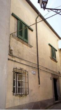 facciata principale lato paese