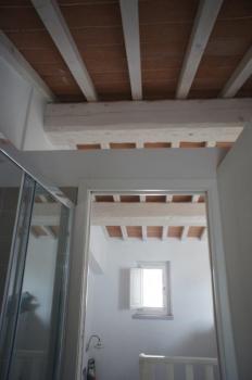 vista bagno 1° piano verso l'interno della casa - Blick vom Bad im 1. Stock zur Treppe (2)