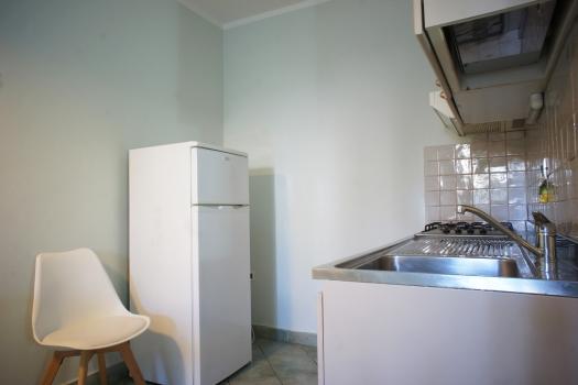 cucina-con-frigo