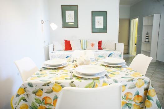 tavolo-e-divano2