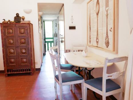 tavolo-da-pranzo-+-corridoio