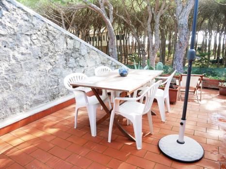 tavolo-esterno2