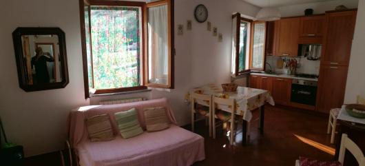 panoramica soggiorno cucina