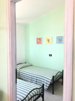 24 camera da letto con letti singoli