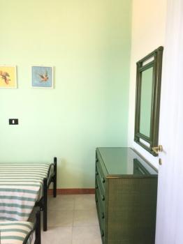 25 camera con letti singoli