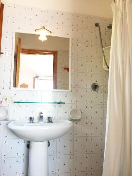 bagno-doccia-lavabo