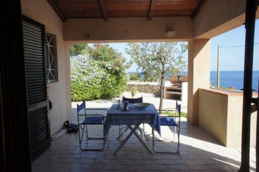 Schlafzimmer mit Terrassenzugang EG (7)