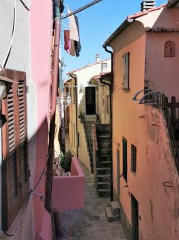 Via S. Agabito vista dall'ingresso 1° piano